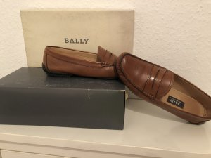 Bally Slip-on Shoes brown leather