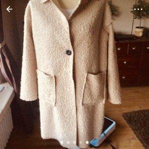 new collection Abrigo corto beige claro