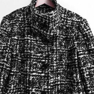 Manteau court noir-blanc
