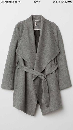 H&M Divided Short Coat dark grey