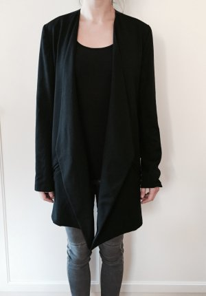 Kurzmantel in schwarz
