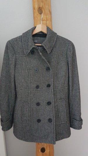 Esprit Abrigo corto blanco-negro