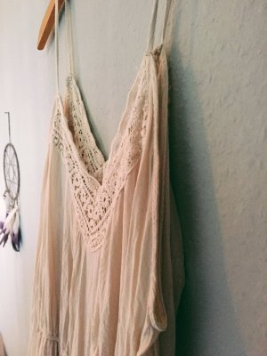 Urban Outfitters Robe découpée crème-beige clair