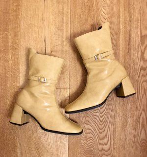 Short Boots sand brown-ocher