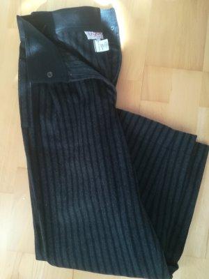 Kuschelig warme Vintage Hose von Designer BYBLOS, 80% Wolle, breiter Taillenbund, Gr. 36