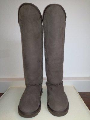 "Kuschelige Echtfellstiefel der Edelmarke ""Australia Luxe"""
