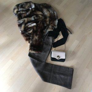 Kuschelige Fake Fur Kurzjacke aktuelle weite Form