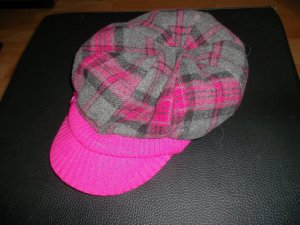 Gorra rosa-gris