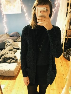 Kuscheliger Cardigan Urban Outfitters Strickjacke