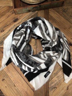 Kuscheliger flauschiger Schal für den Winter☃️