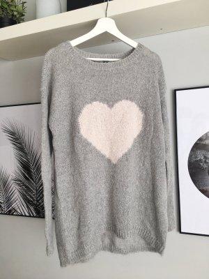 Kuscheliger Hallhuber Pullover mit Heart Muster