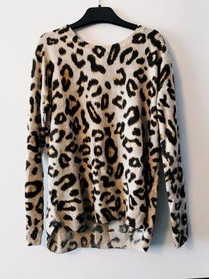 Kuscheliger Leopardenpulli