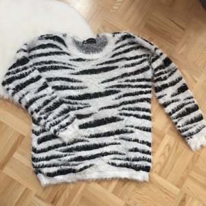 Atmosphere Oversized Sweater black-white nylon
