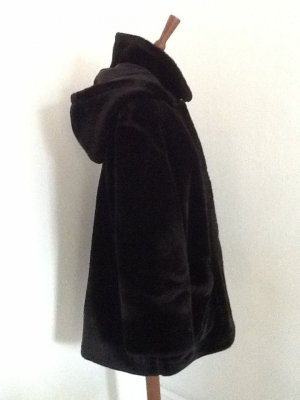 Fake Fur Coat black