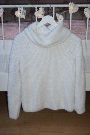 Kuscheliger weißer Pullover S