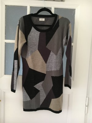 Kuscheliges Wollkleid / Longsweater von Nümph