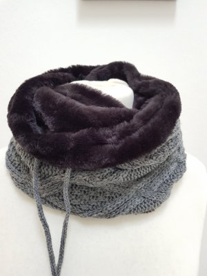 TCM Knitted Scarf multicolored