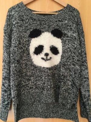 Kuschelweicher Pulli mit Pandamotiv