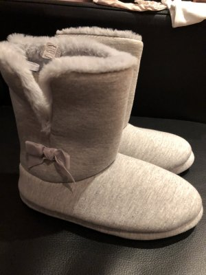 House Shoes light grey-silver-colored