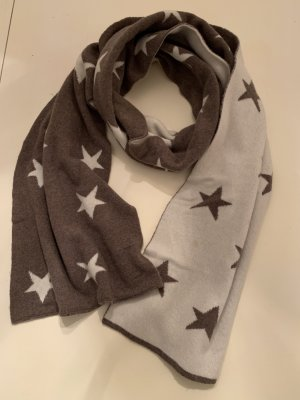 Kuschliger Cashmere-Schal mit Sternen