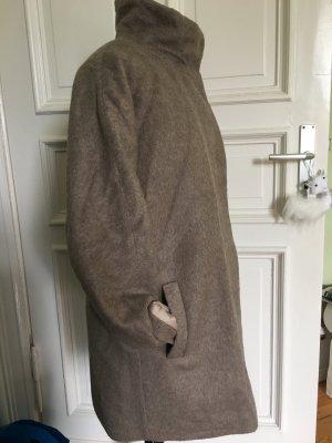 Kuschliger Mantel Beige