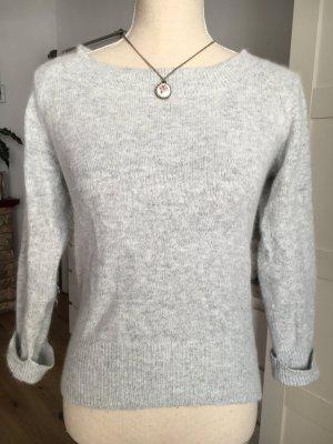 Kuschliger Pullover in Grau