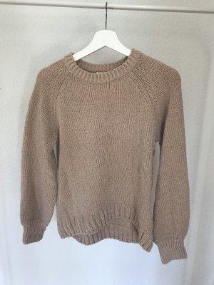 Kuschliger Pullover mit Pumpärmel und Glitzerdetails