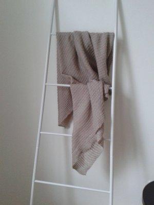 Kuschliger Schal in altrosa