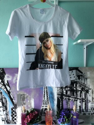 Kylie Jenner Tshirt