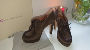 L' autre chose Booties CollegePumps
