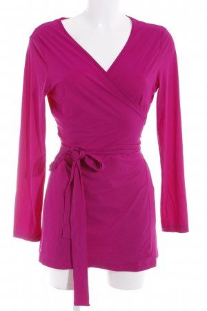 La Dress Chaqueta cruzada violeta look casual