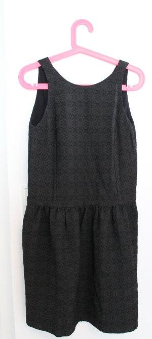 La petite robe noire Comptoir des Cotonniers (das kleine Schwarze)