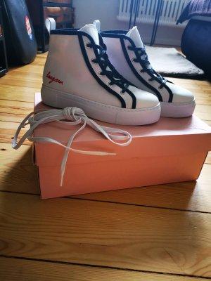 laagam Sneaker