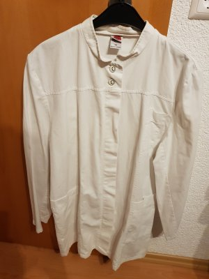 Shirtwaist dress white