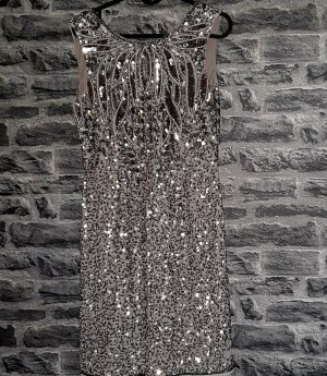 Lace & Beads Cocktail Kleid