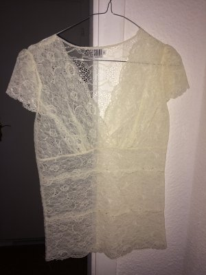 Lace top with short sleeves