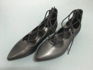 Lace-up Ballerina von Graceland