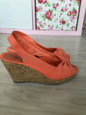 Lachsfarbene Sommer- Pumps