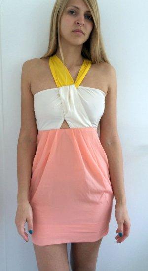 Lachsfarbenes Cut Out Kleid