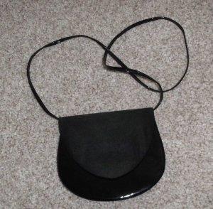 Lack Handtasche m. Stoffklappe, kleine Umhängetasche
