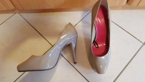Lack High Heels in Grau 39