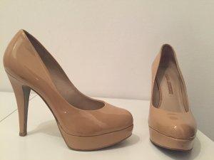 Lack-Leder-Schuhe von Buffalo