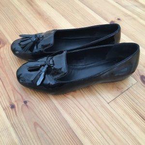 Lack Loafer mit Quaste