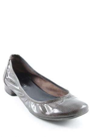 Patent Leather Ballerinas olive green wet-look