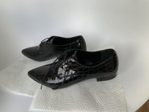 Maje Wingtip Shoes black leather