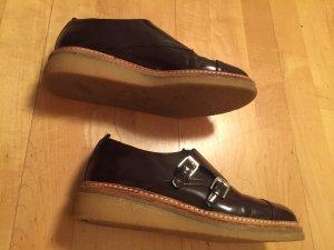 Lackleder Schuhe mit Plateau