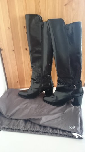 Lackleder Stiefel von H&M