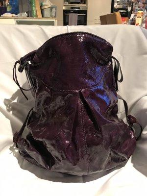 Lacklederhandtasche