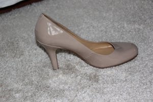 Lackpumps in nude von Nine West