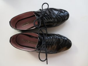 Lackschnürer schwarz Leder